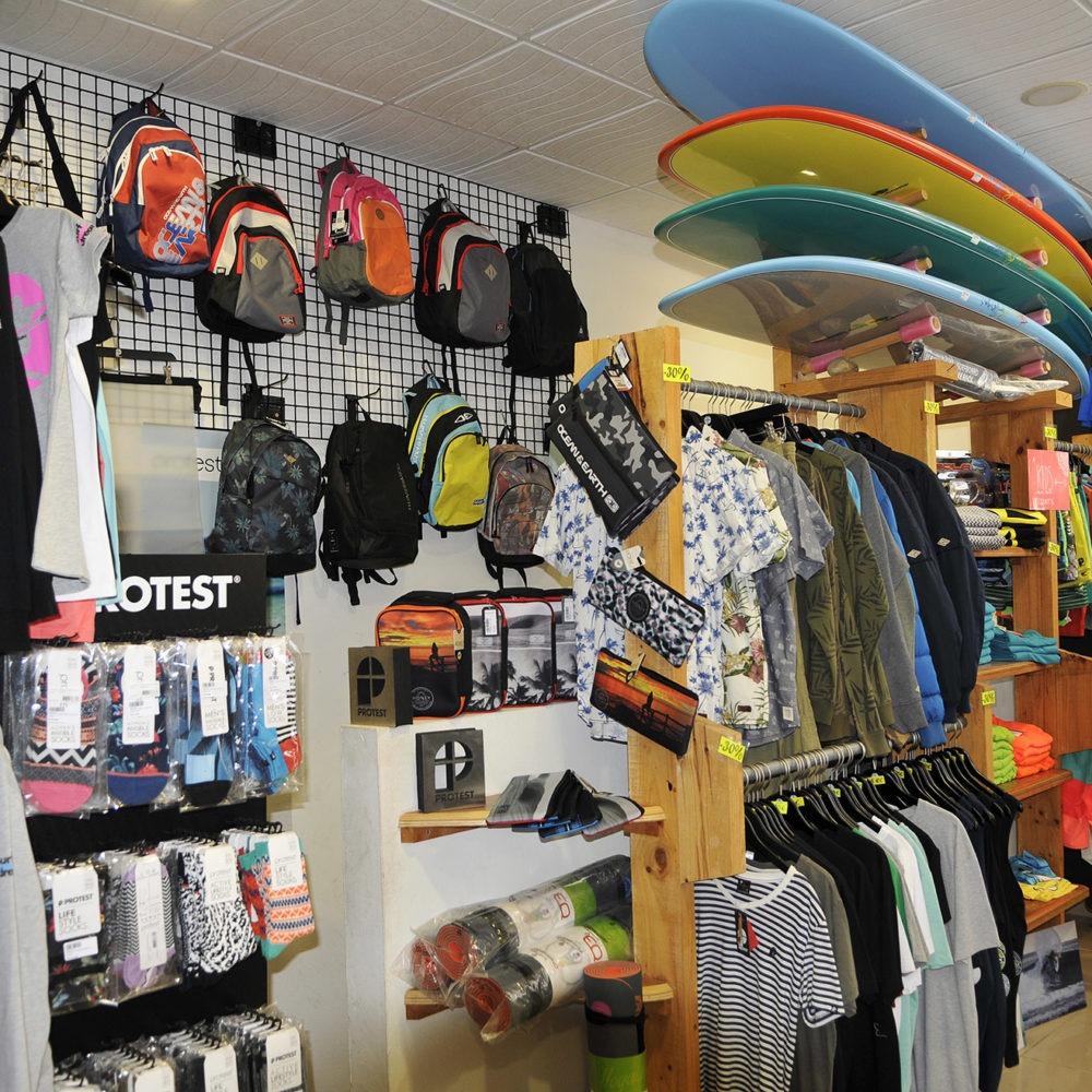 Longboards Protest surf shop