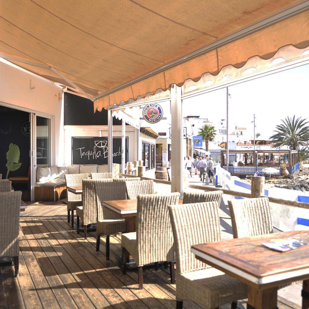 Terraza Tequila Surf bar2