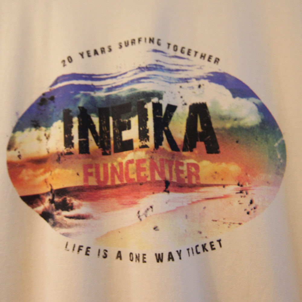 Camiseta Ineika surf school