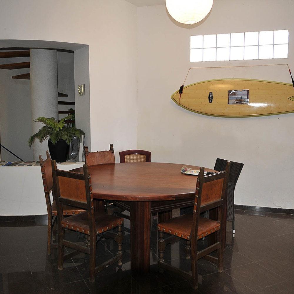 Comedor surf house