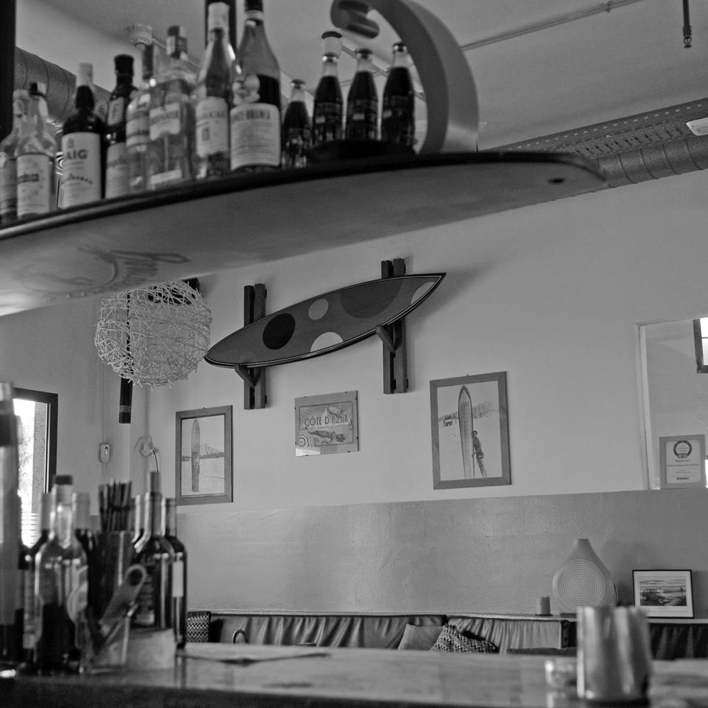 Boardriders surf bar and grill
