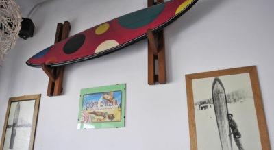 Surfboard en el Surfriders surf bar