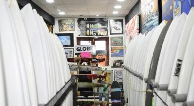 Al final del camino de tablas de surf
