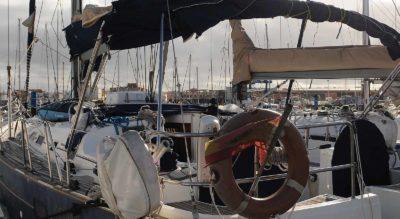 El-Erima-surf-yacht