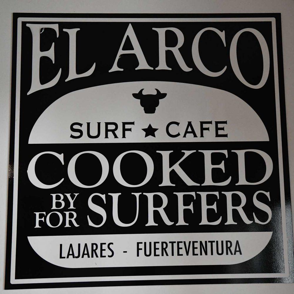 logo-el-arco-surf-cafe
